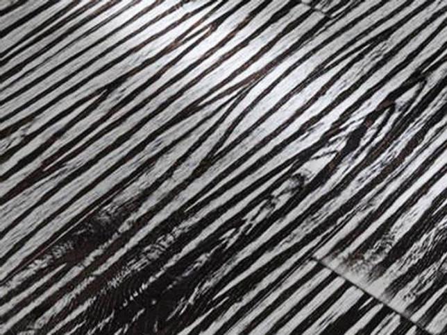 Черно-белый рисунок ламината