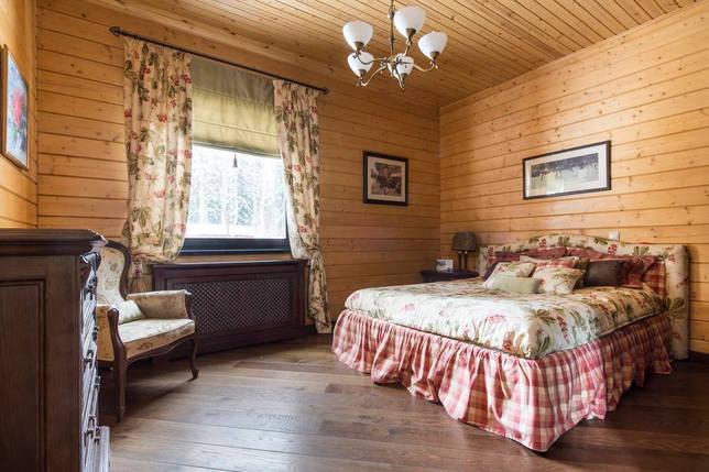 фото спальни в деревянном доме