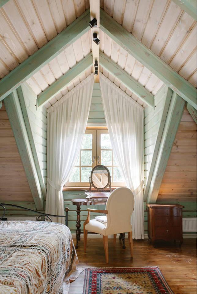 Как оформить интерьер спальни в деревянном доме: 40 удачных примеров